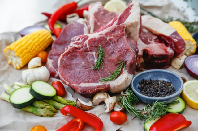 Диетическое мясо, говяжий стейк.