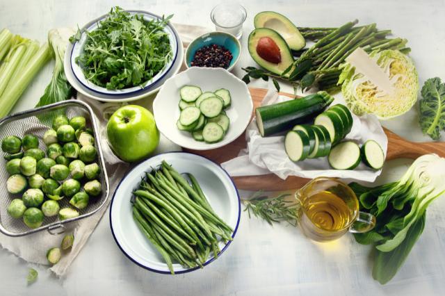Зелёные овощи.